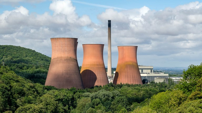 ironbridge-cooling-towers-1